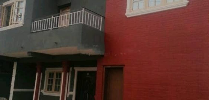 4 bedroom detached duplex for sale