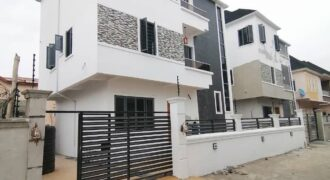 Newly built beautiful 5 bedroom detached duplex with a room Bq