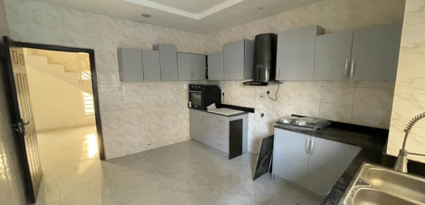 Newly built beautiful 4 bedroom detached duplex with a room Bq…. 99% finished