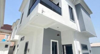 Very spacious 5 bedroom fully detached duplex