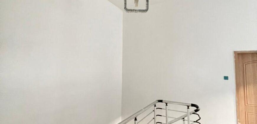 TASTEFULLY FINISHED 4 BEDROOM SEMI-DETACHED DUPLEX