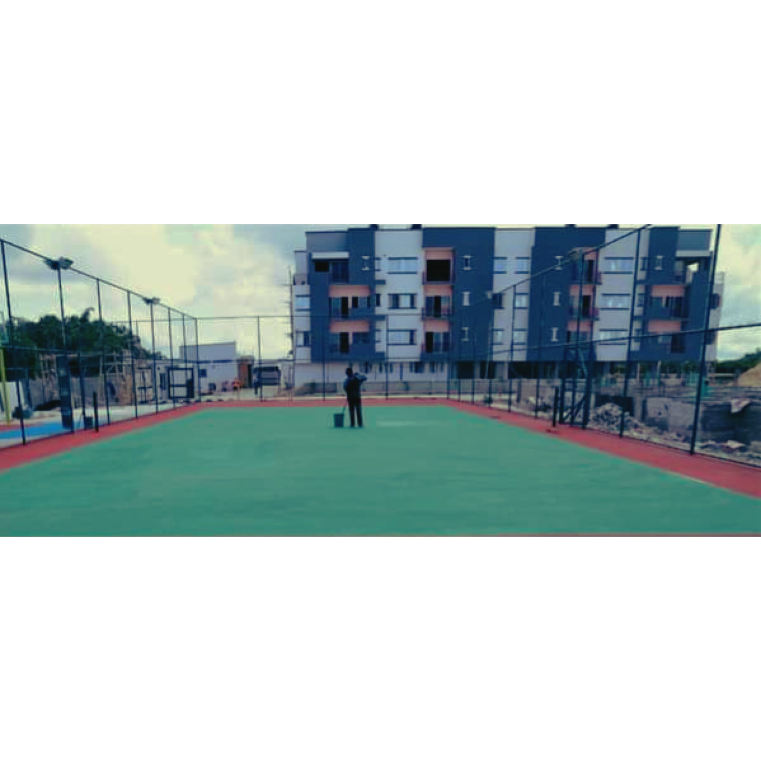 1 BED APARTMENTS WITH BASKETBALL COURT