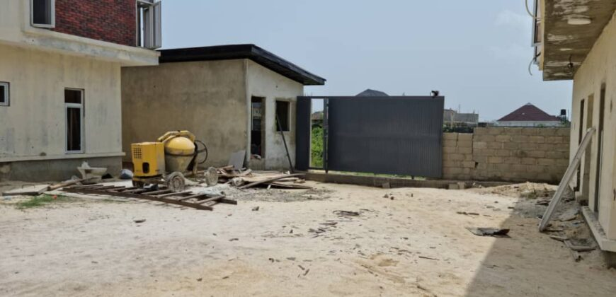 A DETAILED LUXURY 4 BEDROOM SEMI DETACHED DUPLEX WITH BQ