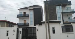 5bedroom detached duplex ensuite with 2bqs and a swimming pool