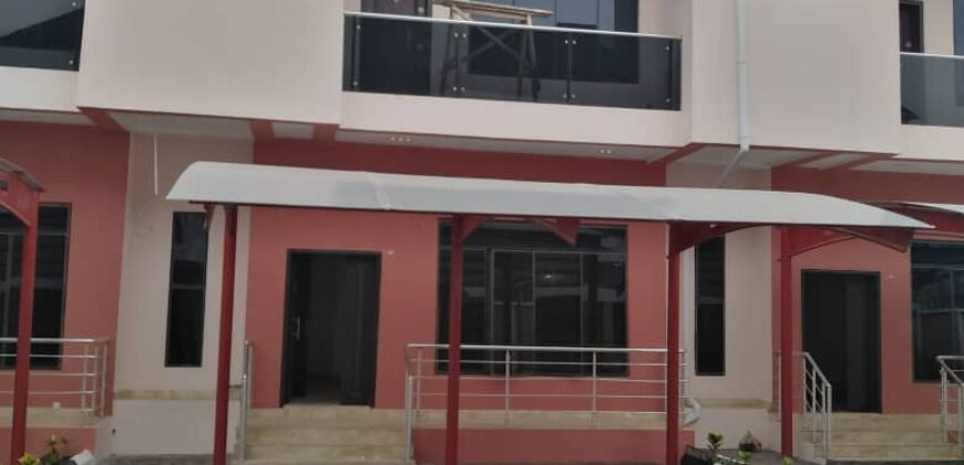 4bedroom terrace duplex ensuite with a bq