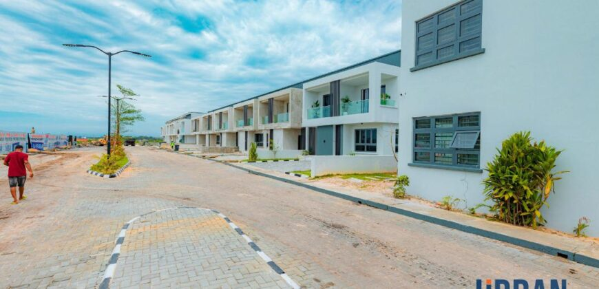 FULLY FURNISHED 3 BEDROOM TERRACE IN URBAN PRIME THREE (PHASE2)