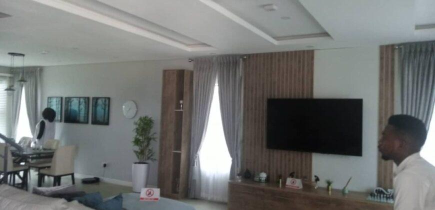 LUXURY GRAND 3 BEDROOM TERRACE DUPLEX WITH BQ