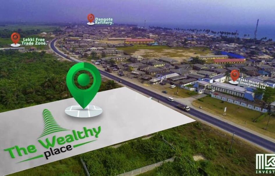 GENUINE 450SQM COMMERCIAL LANDS IN THE WEALTHY PLACE LEKKI